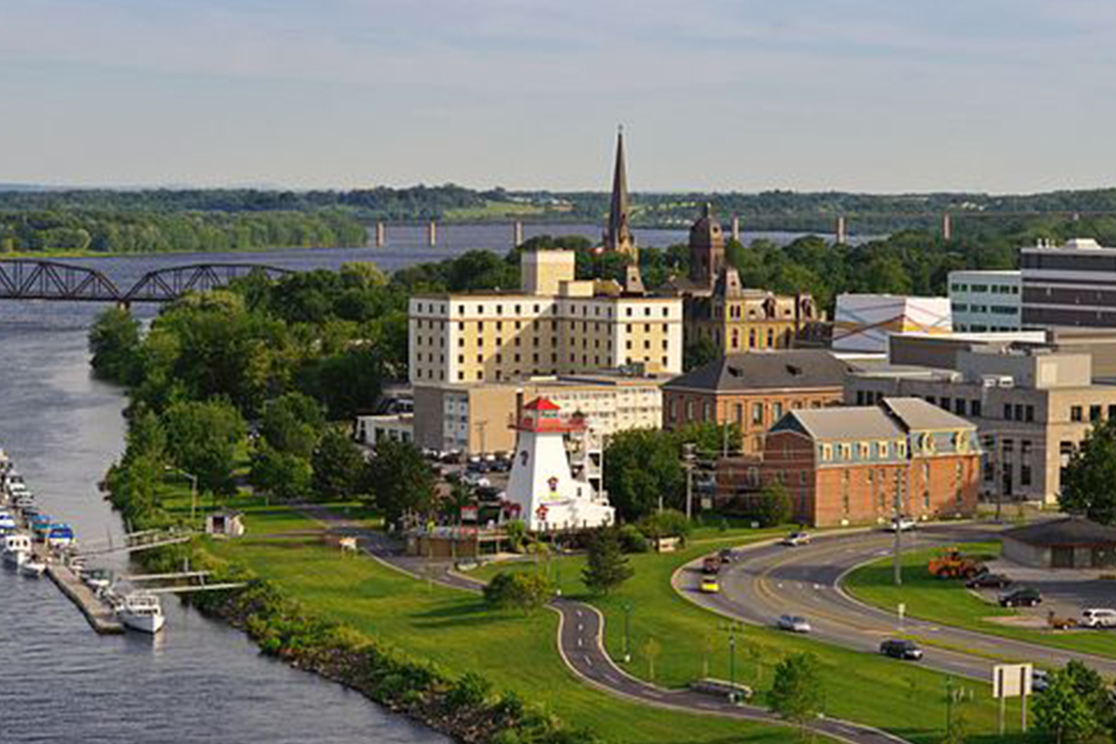 Jill and Derrick move to Fredericton to start working for GIT